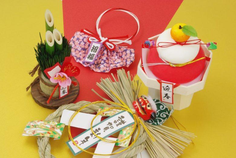 h3-1 しめ飾りや鏡餅など正月のお飾りの準備