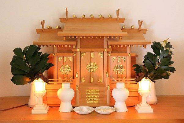 h2-4 神棚への神具の正しい置き方